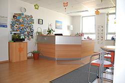 Eingangsbereich Praxis Physiotherapie Schiemann